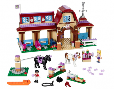 LEGO FRIENDS Heartlake Reiterhof